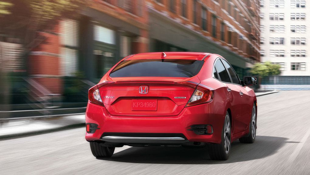 my19_civic_sedan_features_performance_and_efficiency_01